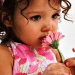 Cute Babies With Flowers Wallpaper 22 150×150
