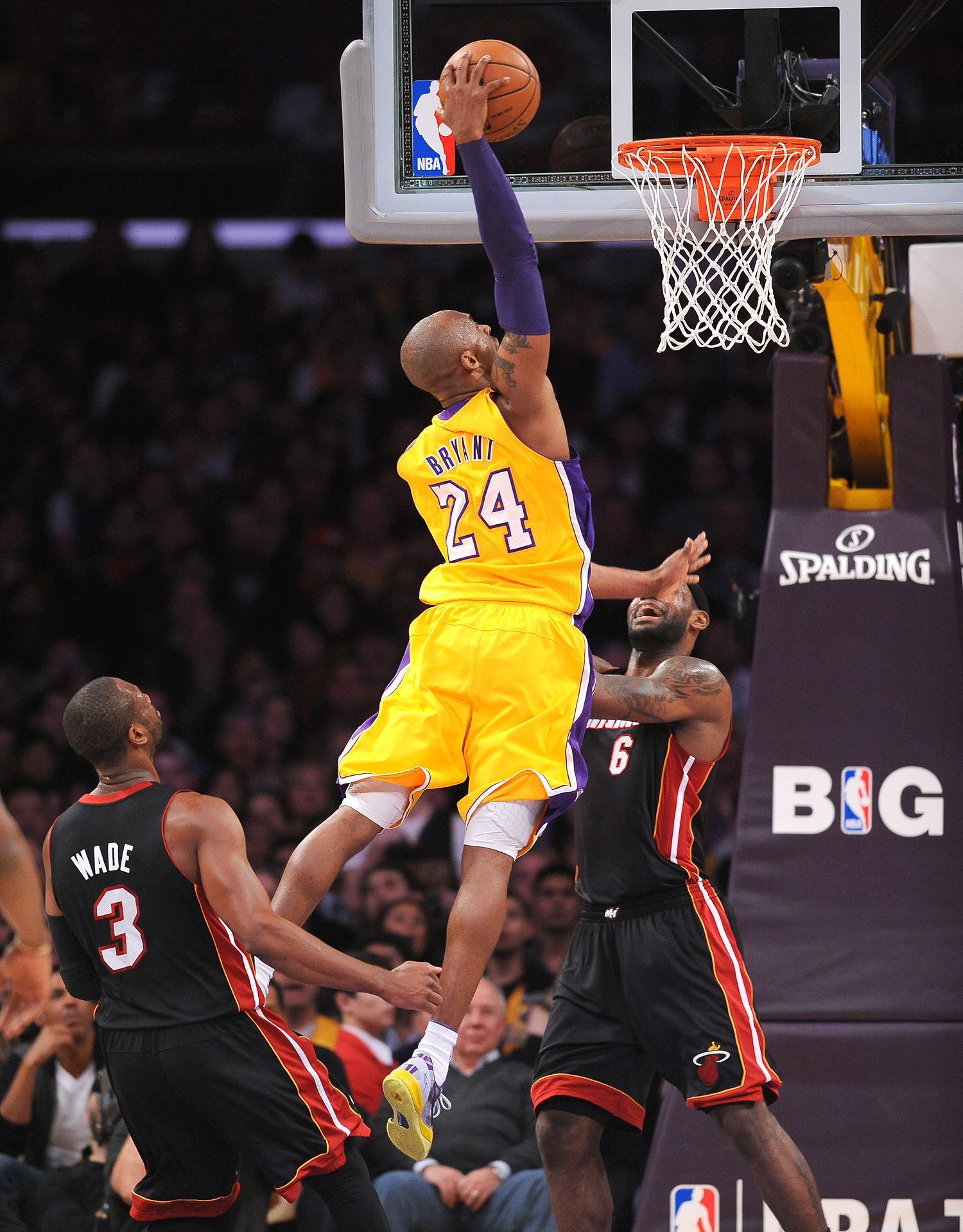 Kobe Bryant Dunk Pictures 98
