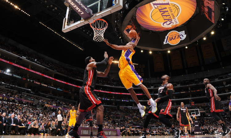 Kobe Bryant Wallpaper Dunk 4 750×450