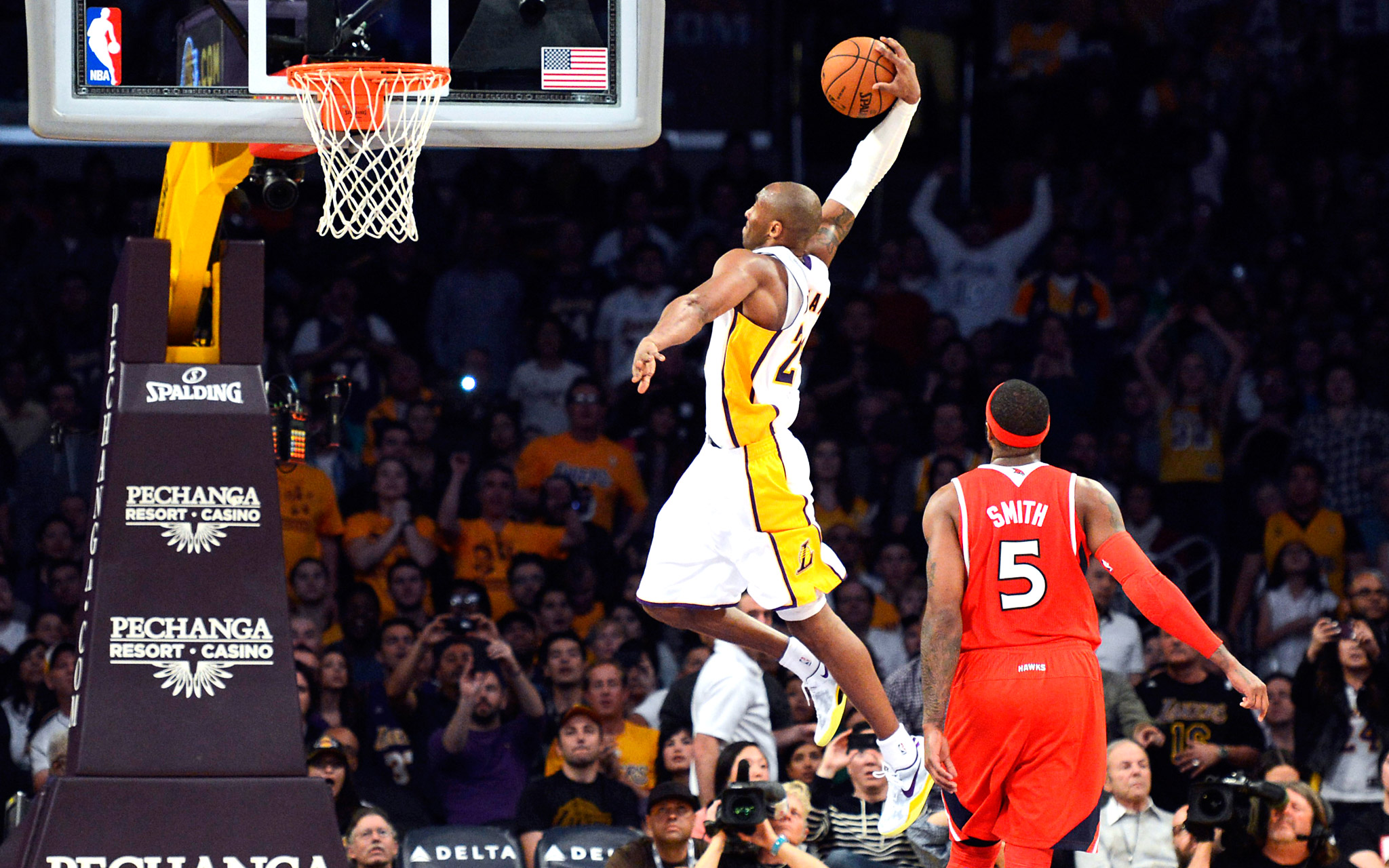 Kobe Bryant Dunk Pictures 107