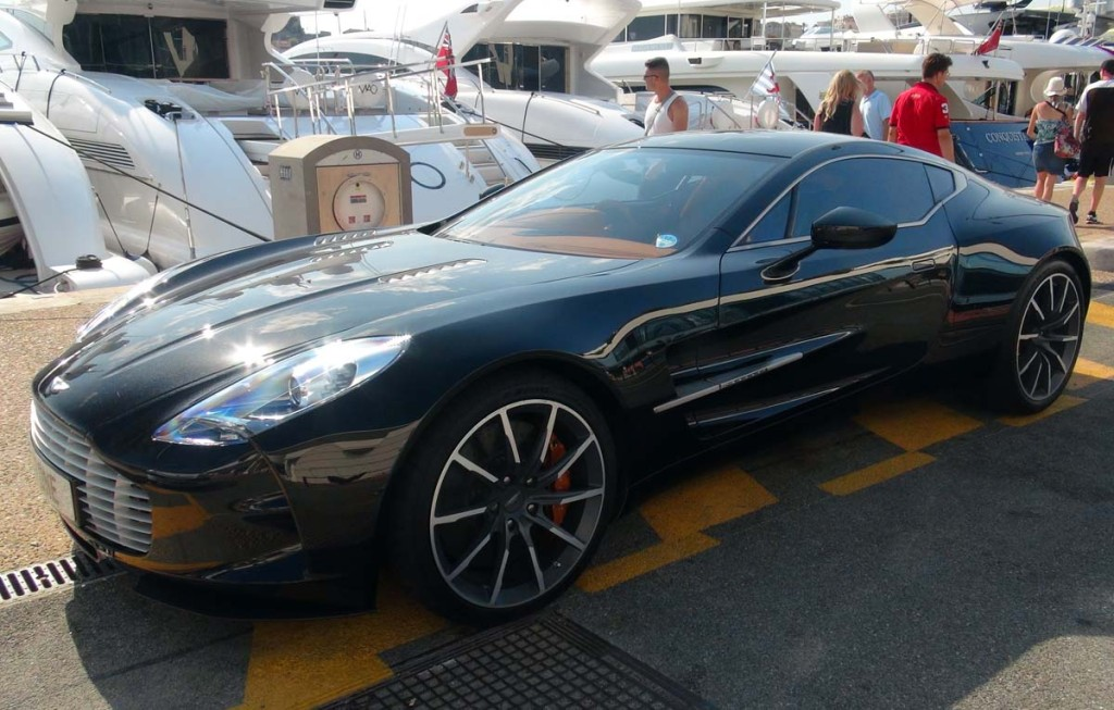 Aston Martin One 77 Dark Blue 1 1024×653
