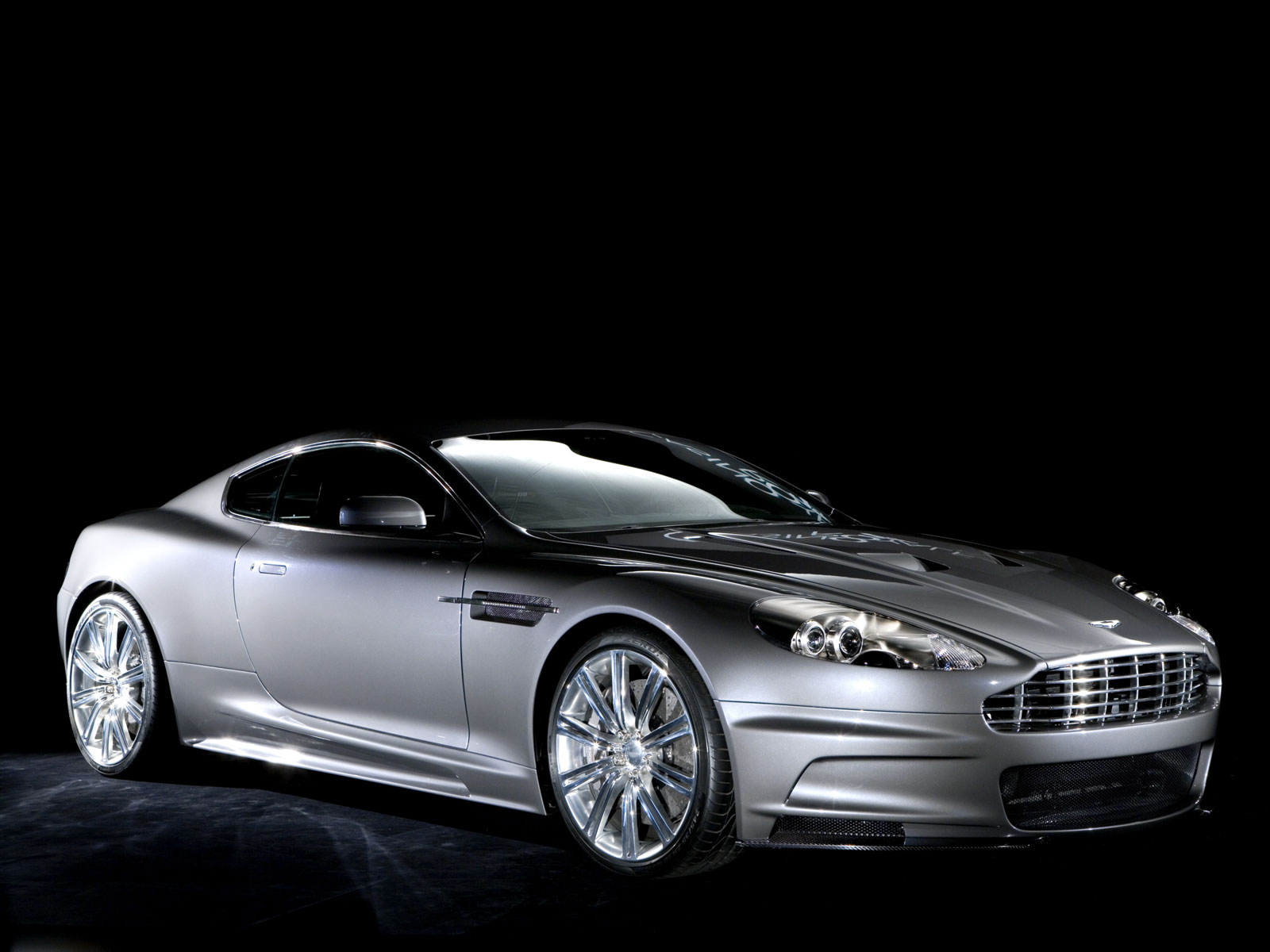 Aston Martin Wallpaper Black