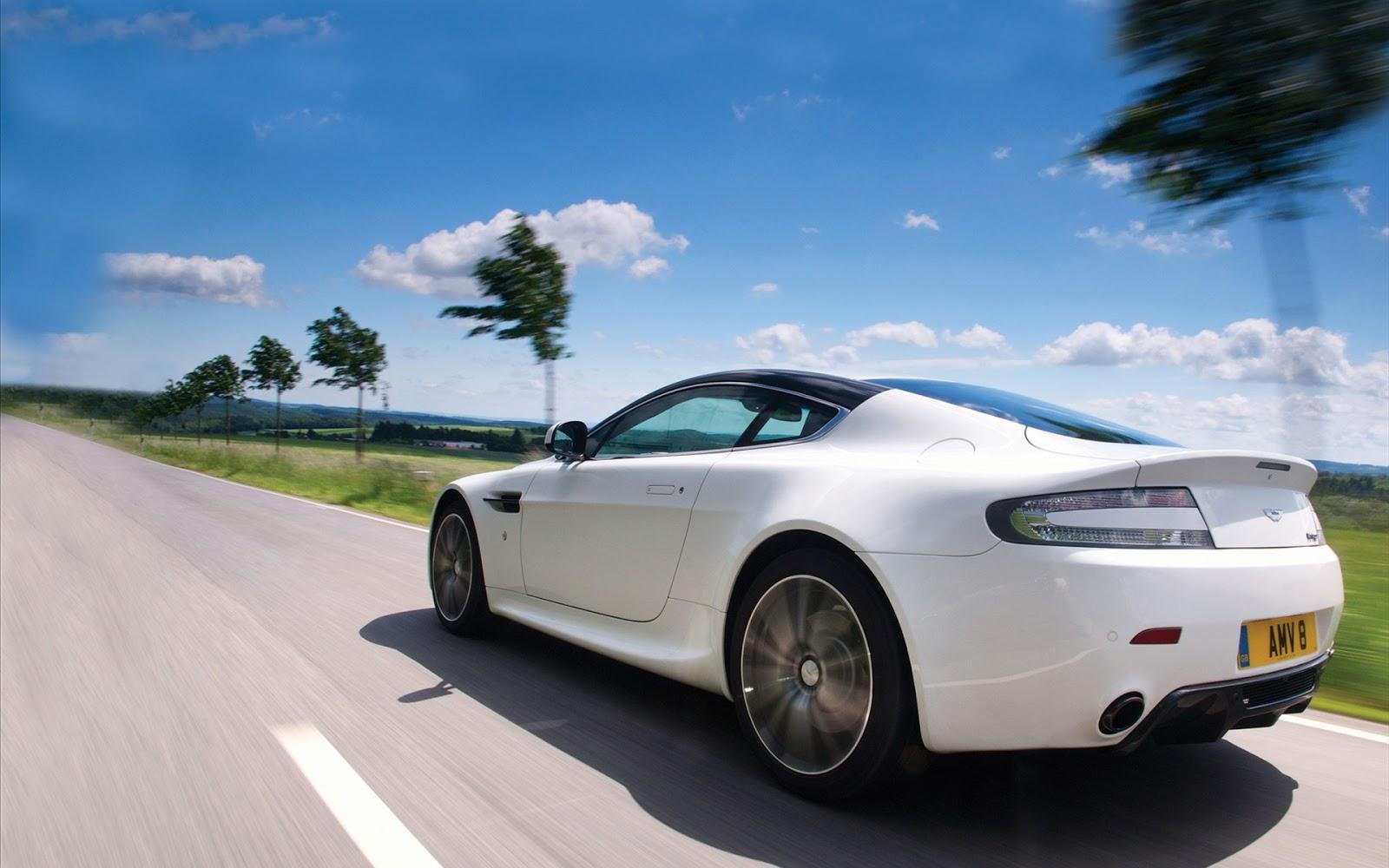 Aston Martin Wallpaper White 19