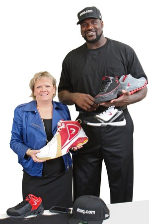 http://theartmad.com/wp-content/uploads/2015/03/Shaquille-Oneal-Shoes-11.jpg