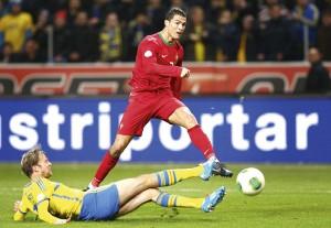 Cristiano Ronaldo Soccer Player 2013 2 300×207