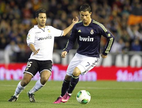 Cristiano Ronaldo Soccer Player 2013 3