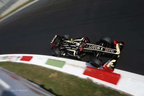 Formula 1 Wallpaper Lotus 24