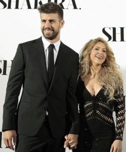Gerard Pique And Shakira 2 249×300