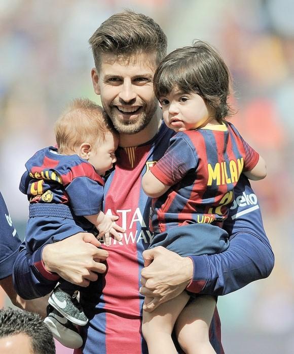 Gerard Pique Family 1
