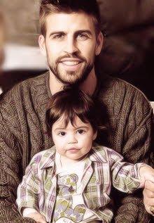 Photo of Shakira & her Son  Milan Piqué Mebarak