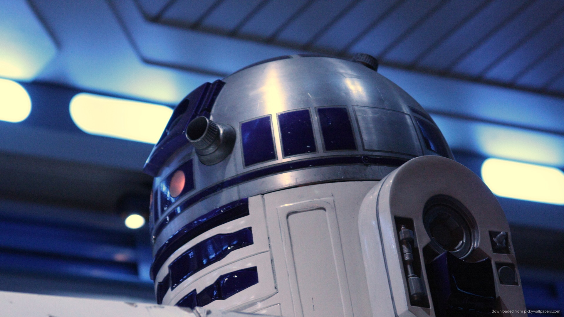 R2d2 Wallpaper IPad 14