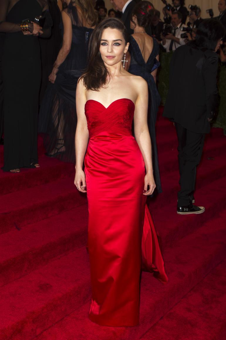 Emilia Clarke Body Type | www.pixshark.com - Images ...