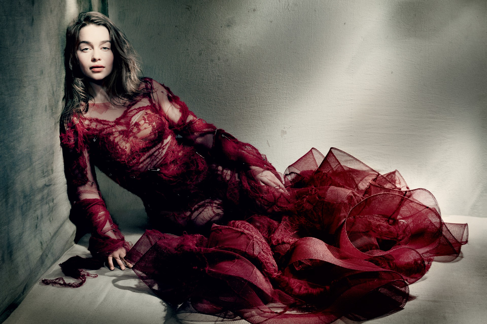 Emilia Clarke Vogue 11