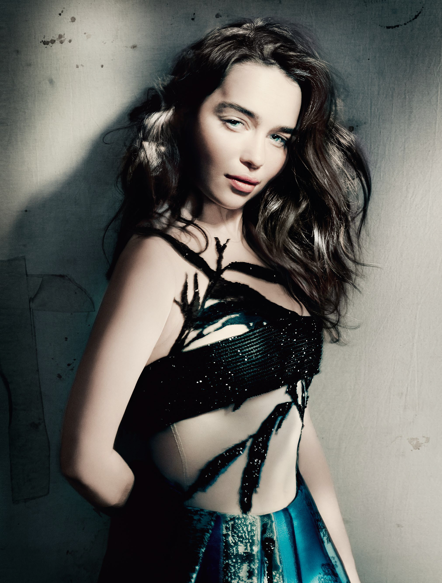 Emilia Clarke Vogue 12