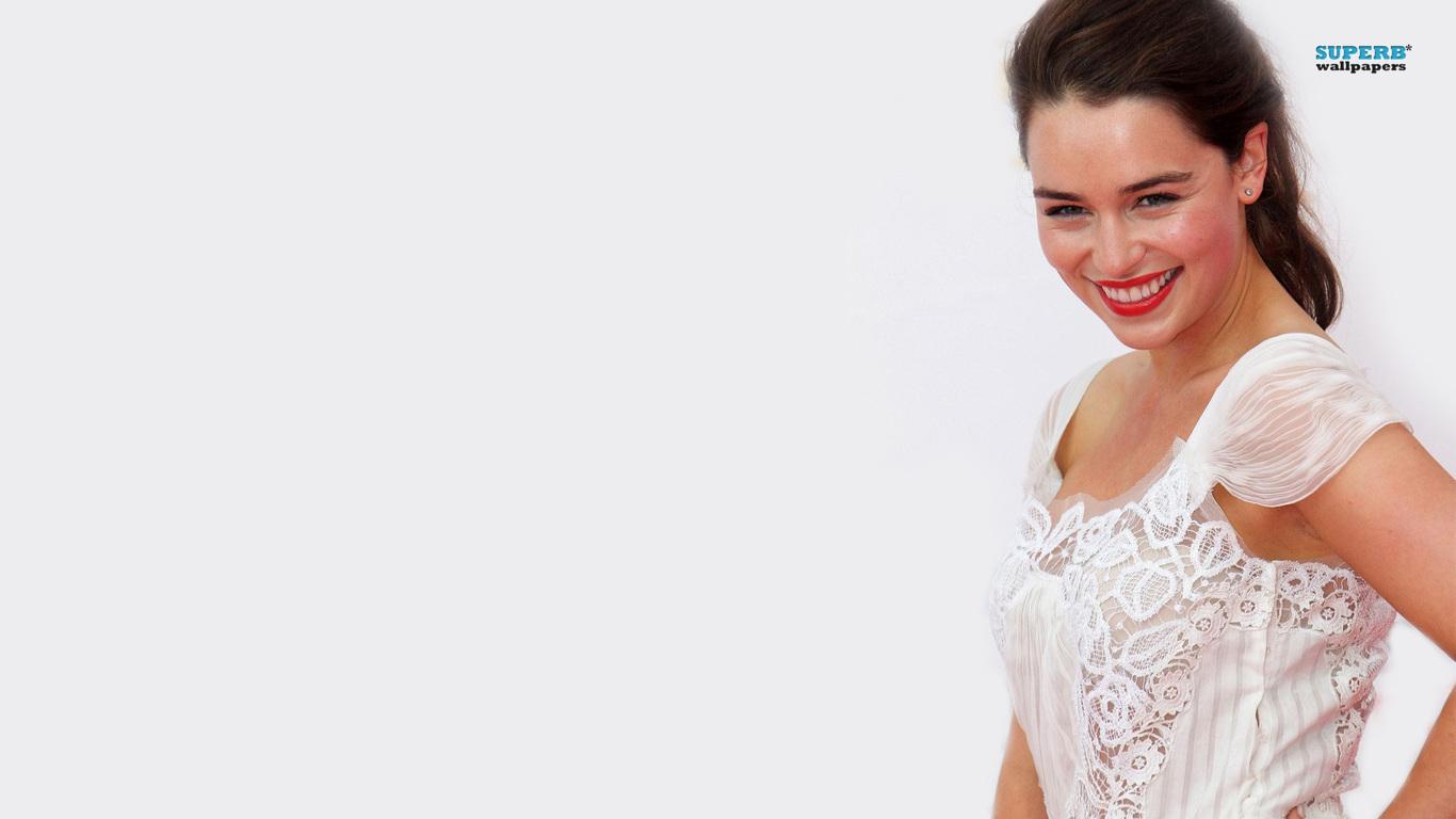 Emilia Clarke Wallpaper 1366×768 2