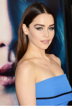 Emilia Clarke Wallpaper IPhone 19