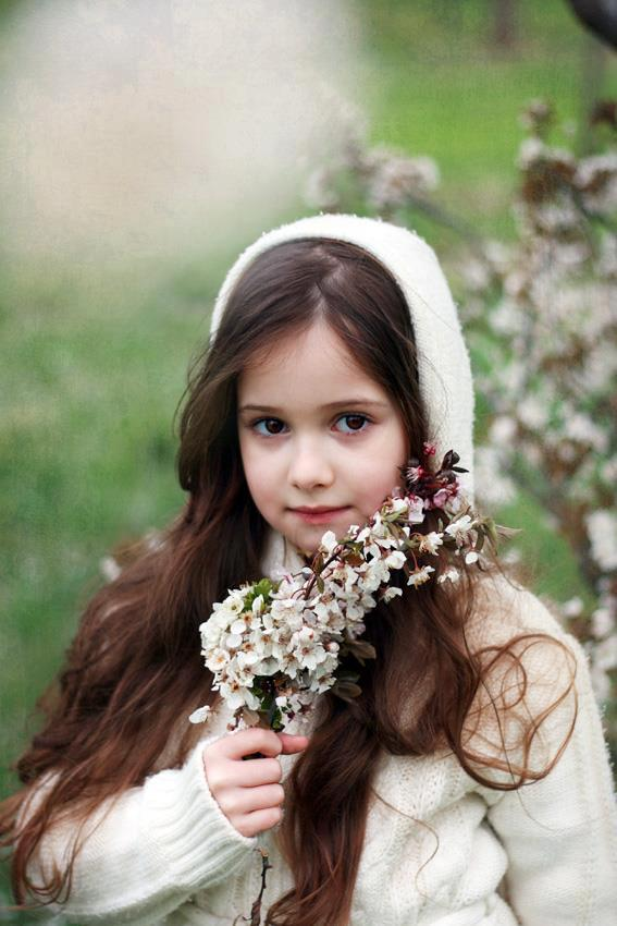 Cute-Girl-Wallpaper-For-Facebook-Profile-3.jpg
