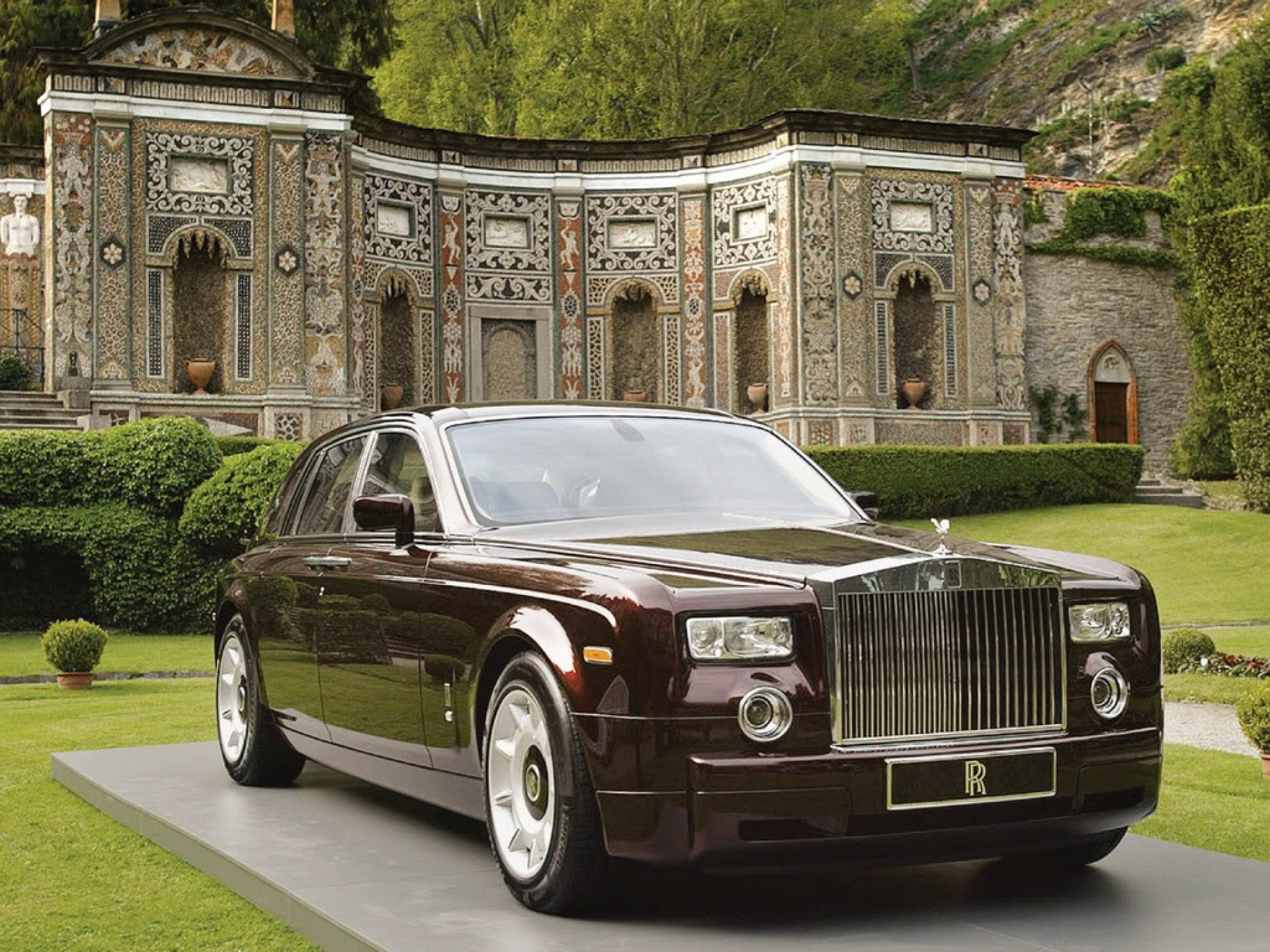Mansion Car Wallpaper 25