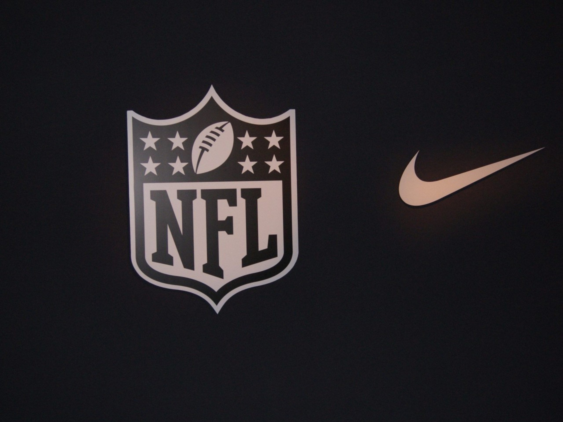 Nike Nfl Football Wallpaper 2013 10