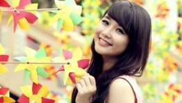 Pretty Girl Wallpaper Android 5
