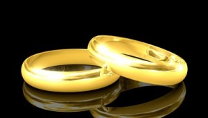 Wedding Rings Black Background 8 300×170