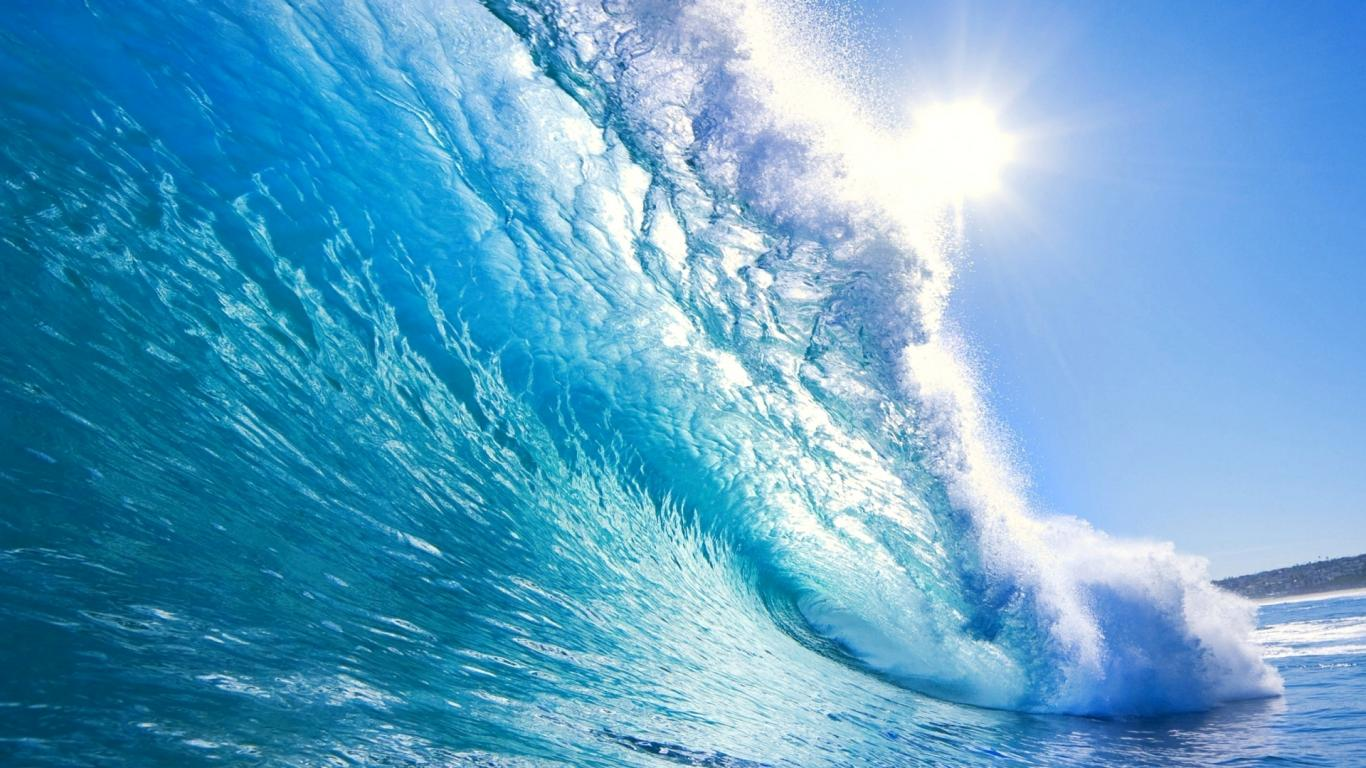 Beautiful Ocean Waves Wallpaper 5
