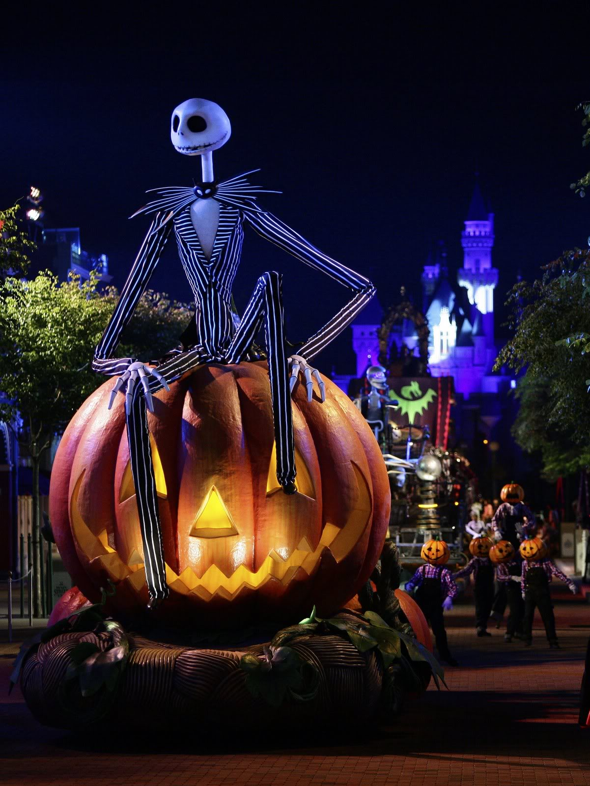 Disneyland Halloween Wallpaper1
