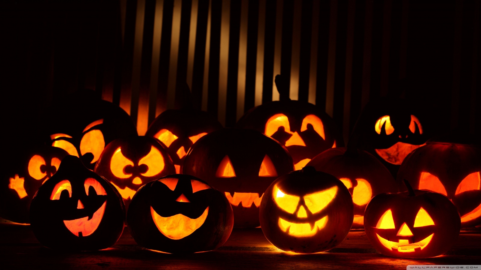 Halloween Wallpaper 1600 X 9001